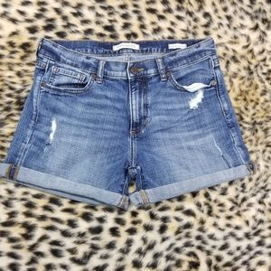Banana Republic Distressed Roll Up Short Size 27